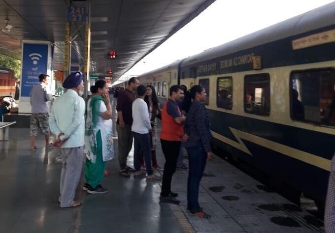 Chandigarh delhi shatabdi